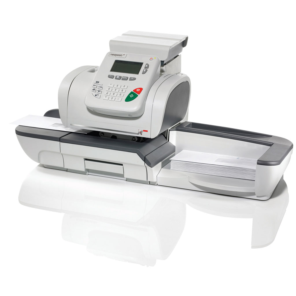 Neopost IS-420 franking machine